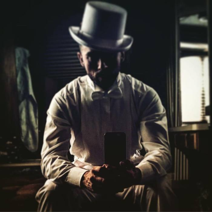 Top Hat Trailer shot